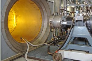 Im HBK2 ist nahezu jeder Test von kleinen Can-Brennkammern über mehrstufige Verbrennungssysteme bis hin zu Vollringversuchen an Triebwerksbrennkammern möglich. Am HBK4 werden vor allem Volllastversuche für Verbrennungssysteme aus stationären Gasturbinen durchgeführt. Die Brenner der größten Gasturbine der Welt wurden in diesem Prüfstand getestet.