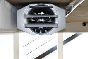Die serienmäßig zweistufigen Motoren in den Schublüftern von Systemair ermöglichen einen energiesparenden Betrieb. Außerdem macht es die Umkehrung der Strömungsrichtung möglich, situationsabhängig virtuelle Brandschutzabschnitte zu bilden.<br />
