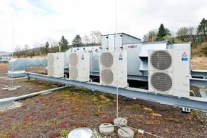 Die gleichzeitige Wärme- und Kälteversorgung von Zentrallüftungsgeräten durch Direktverdampfungssysteme hat sich in den letzten Jahren nahezu explosionsartig entwickelt.
