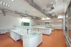 Auch Labore sind in den Modulen untergebracht.<br />