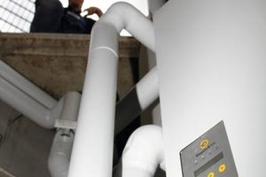 Solar-, Frischwasser- und Heizkreistechnik sind in der umfunktionierten Regenwasserzisterne platzsparend untergebracht<br />