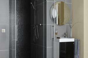 Im Wohlfühl-Bad punkten demnach ökologisch sinnvolle Wärmelösungen, die sich auch im Zuge einer Modernisierung zeitsparend und kostengünstig nachrüsten lassen.
