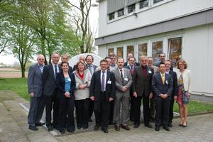 Der Professoren-Arbeitskreis Heiztechnik besuchte anlässlich bei seinem Jahrestreffen den Hersteller Zehnder