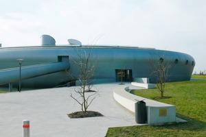 """Das Erlebnisbad """"Les Thermes"""" hat die Gestalt eines UFO<br />"""