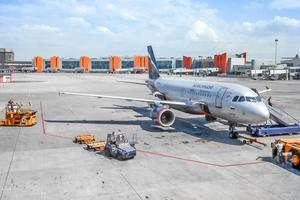 Assmann Beraten + Planen ist in Flughafenprojekten in Russland aktiv: Der Flughafen Sheremetyevo in Moskau und ...