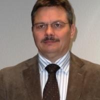Prof. Dr.-Ing. Mario Reichel übernimmt die Ausbildung der zukünftigen TGA-Ingenieure