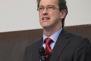 Prof. Dr. Leistner hat zum 1. Januar 2016 die geschäftsführende Leitung des Fraunhofer IBP übernommen. (Foto: Fraunhofer IBP)