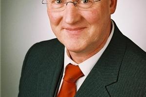 Dr. Frank-Michael Baumann, Geschäftsführer der EnergieAgentur.NRW, ergänzt den Vorstand des BWP   (Foto: EnergieAgentur.NRW )