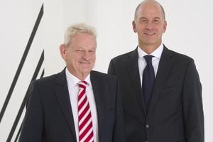 Stabsübergabe bei Hansgrohe SE: Siegfried Gänßlen (links) übergab sein Amt des Vorstandsvorsitzenden zum 1. Oktober 2014 an Thorsten Klapproth.