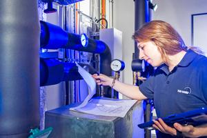 In einem Kooperationsprojekt werden Heizungsanlagen über 100 kW auf ihre Effizienz hin überprüft.