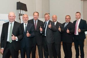 Gesamtvorstandsmitglieder und Geschäftsführer des Fachverbandes Armaturen (v.l.n.r.): Andreas Dornbracht (Aloys F. Dornbracht), Harald Sasserath (SYR Hans Sasserath), Wolfgang Burchard (Geschäftsführer VDMA Armaturen), Rupprecht Kemper (Vorsitzender, Geb. Kemper), Dr. Achim Trasser (stellv. Vorsitzender, Sempell), Axel Weidner (Mankenberg), Dr. Jörg Kiesbauer (Samson)