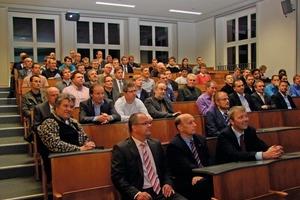 Zur Eröffnungsveranstaltung kamen über 70 Teilnehmer ins Zentrum für Energietechnik (ZET)<br />