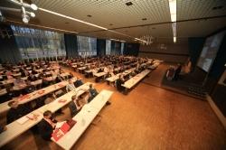 260 Fachleute aus ganz Deutschland nahmen an der 2. EffizienzTagung Bauen und Modernisieren in Hannover teil  (Foto: Mirko Bartels)