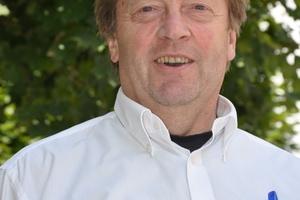 Günter Fischer (63) setzte sich vierzehn Jahre an leitender Position für Kutzner + Weber und die Raab-Gruppe ein und hat sich damit in der abgastechnischen Branche einen Namen gemacht.  (Foto: Kutzner + Weber GmbH, Maisach)
