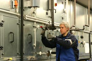 Anlagenmechanikerin in der Ausbildung