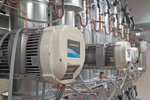 Bei großen Volumenströmen und Dauerbetrieb können leistungsgeregelte Umwälz- und Förderpumpen beachtliche Energiemengen einsparen.