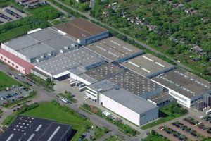 Der Produktions- und Logistikstandort von Wago aus der Vogelperspektive. Oben links, rosa markiert: die Erweiterung des Logistikzentrums. (Foto: Wago)