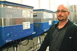 Für Peter Seitz ist der halbjährliche Austausch der Draabe Service-Container mit wenigen Handgriffen erledigt<br />
