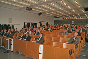 """84 Teilnehmer besuchten das Fachsymposium """"Erneuerbare Energien in der Gebäudetechnik"""" in der HTW Dresden"""