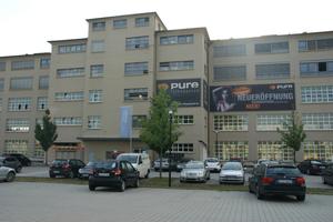 Das Salamanderareal in Kornwestheim mausert sich zum Stadtquartier mit urbanem Flair: Die umgebauten Lager- und Produktionshallen der ehemaligen Schuhwerke sind Zeugen industrieller Erfolgsgeschichte.