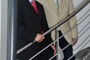 Gerhard Schneider (links) und Rolf Bommer leiten die Bomat Heiztechnik GmbH zukünftig gemeinsam