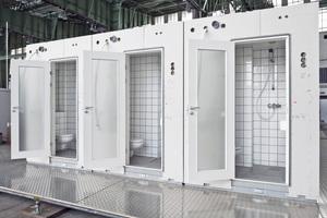 Hotelboxen werden fertig angeliefert und vor Ort an die Belastungen im extrem hochfrequenten Betrieb angepasst.