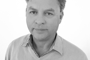 Frank Bolle (51) ist im Gebiet Nord-West als Fachberater unterwegs. (Foto: Zewotherm)