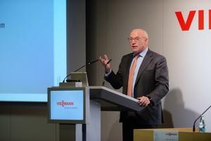 Prof. Dr. Martin Viessmann wies in seiner Begrüßungsrede darauf hin, dass der Wärmemarkt den größten Hebel für den Erfolg der Energiewende bietet.<br />