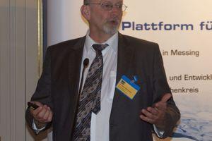 Der Werkstoffexperte und -berater Dr. Peter Dierschke eine Reihe von Korrosionsuntersuchungen vor, die er im Auftrag der GMS durchgeführt hatte