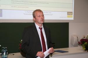 Prof. Felsmann berichteten aus Forschung und Lehre<br />